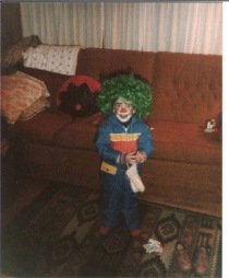clown-girl-halloween-1982