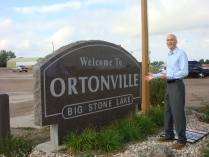 welcome-to-ortonville-sign