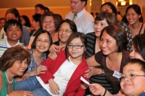 charice-5-10-09-with-group