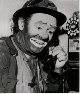 emmett-kelly-smiling