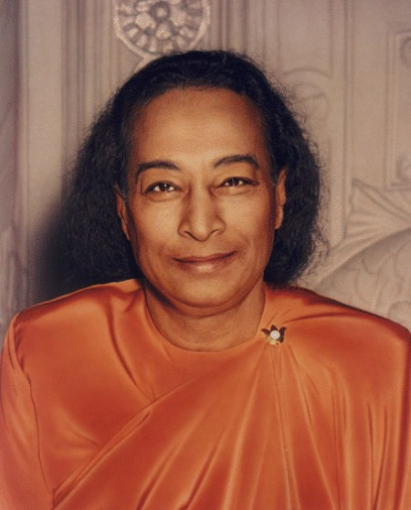 paramahansa-yogananda-the-last-smile